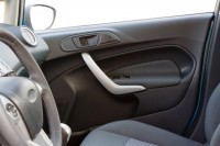 TPO car door panel Fotolia_40610318_M.jpg